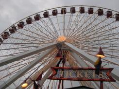 Grande roue du Navy Pier. / Ferris wheel at the Navy Pier.