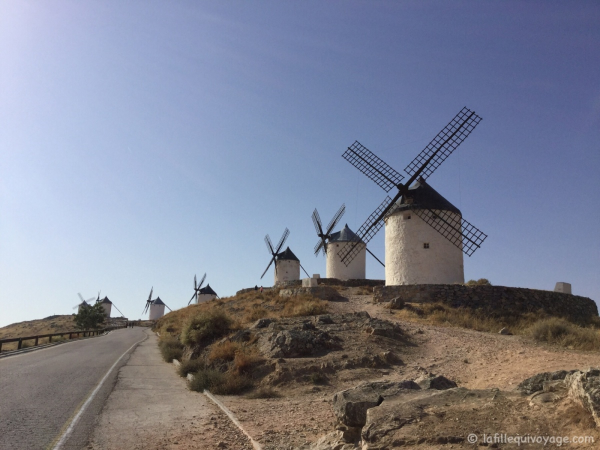 [Les 12 moulins de Consuegra] –  Road-trip en Espagne / [The 12 windmills of Consuegra] – Road trip in Spain