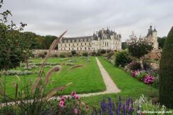 Vue sur le Château de Chenonceau et ses jardins