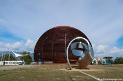 CERN (Centre Européen de Recherche Nucléaire)