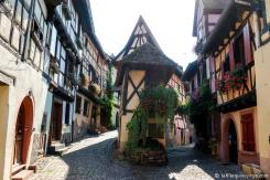 Eiguisheim - L'un des nombreux villages de la région d'Alsace.