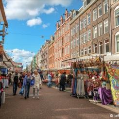 Albert Cuypmarkt, grand marché extérieur.